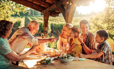 Большая семья: секреты хороших отношений на кухне