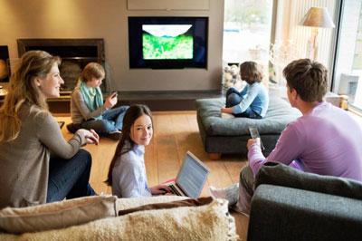 Большая семья: секреты хороших отношений у телевизора