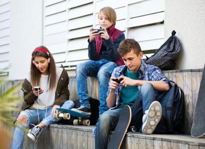 поведение родителей и отношение подростков к ним