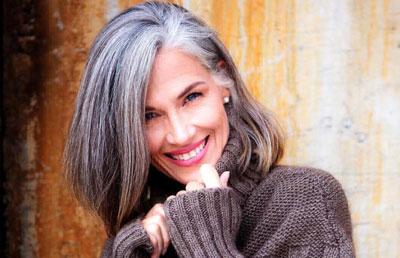 Почему появляются седые волосы в 40 лет