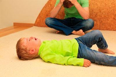 как бороться +с истериками ребенка в 2,3 года