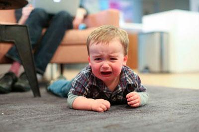 как успокоить детскую истерику в 1 год