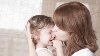 как правильно бороться с истерикой у ребенка