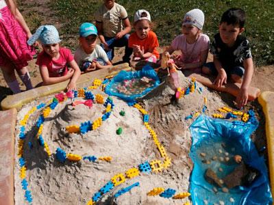 Летние развивающие игры для детей с песком 2