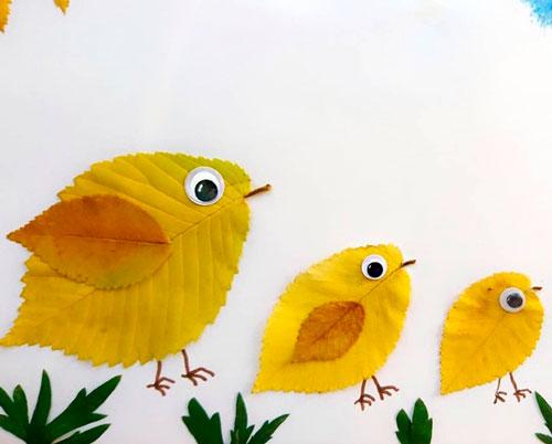 Картины из осенних листьев для детского сада: птенцы