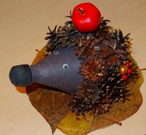 Идеи поделок своими руками тема осень из шишек: ёж