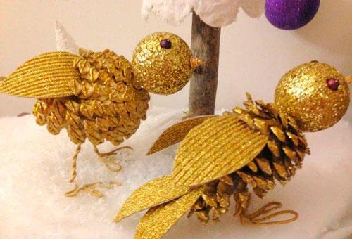 Идеи поделок своими руками тема осень из шишек: птички